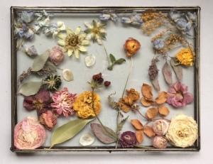 bak gedroogde bloemen